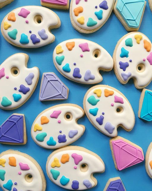 graphic-designer-bakes-creative-cookies-holly-fox-design-7
